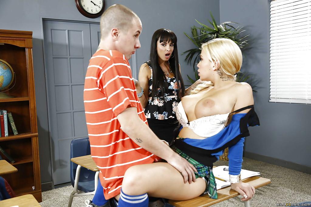 Big Tit School Girl Threesome