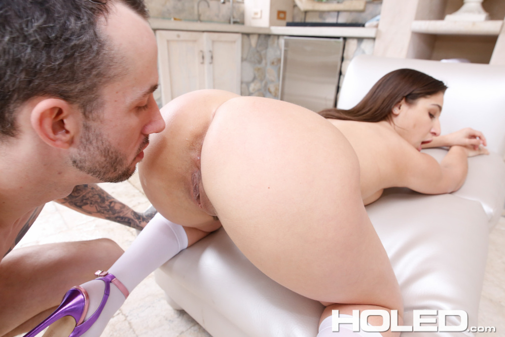 Teen redhead virgin get fucked for the first time