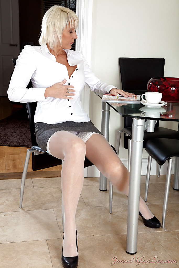 Solo Mature Office Webcam