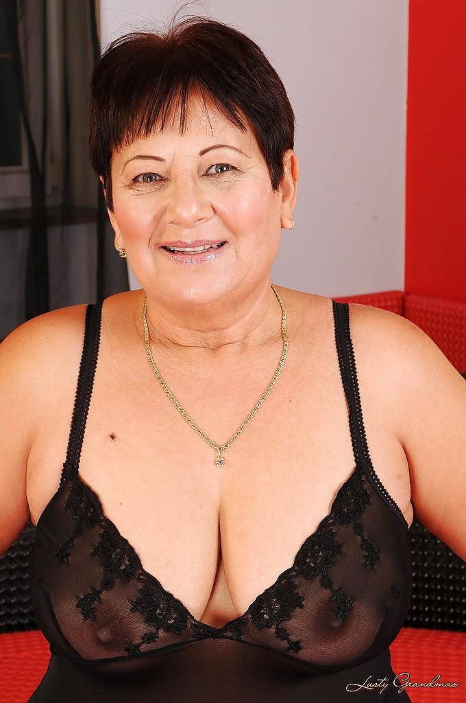 Brunette Big Tits Homemade