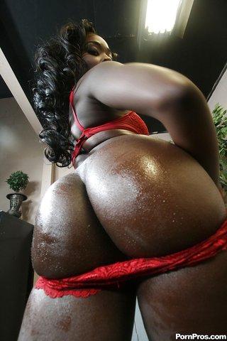 american stripping ebony booty