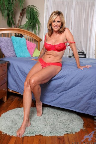 american hot mature mom