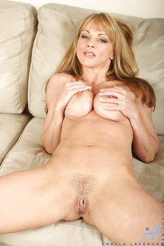 american stunning gorgeous mom
