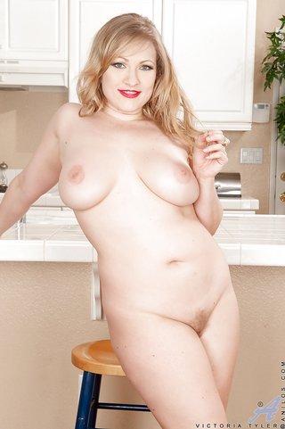 american mom lingerie