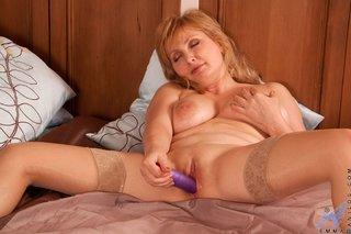 big boobs ass mom