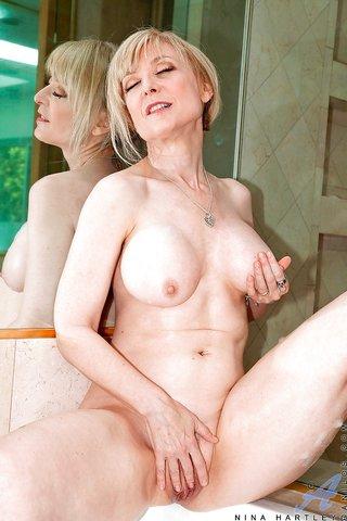 american shower big tits
