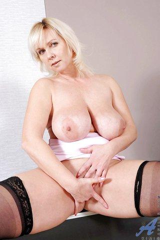 big tits boobs mom