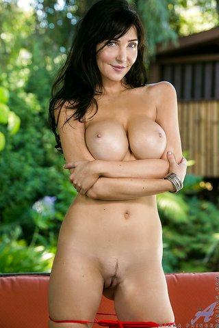 american mature undressing