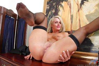 big tits lingerie mom