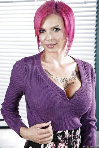 american busty pierced nipples