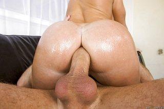 american blonde booty latina