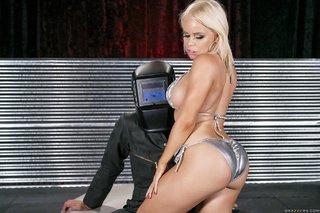 american blonde latina bubble