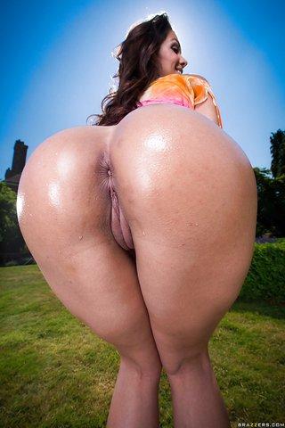 big wet butts