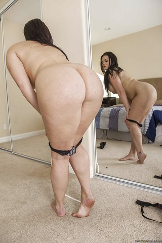 american alluring chubby girlfriend