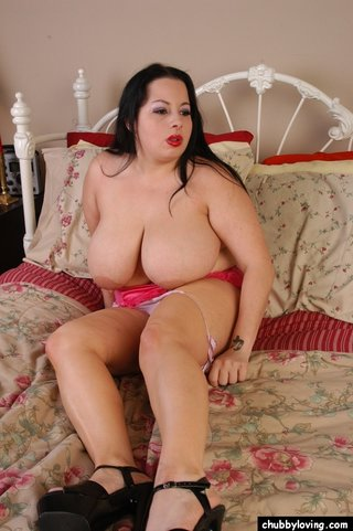 chubby american big tits
