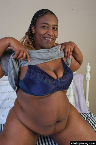 naked chubby loving ebony