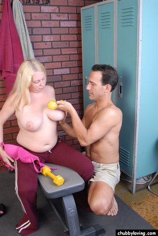 natural boobs sports