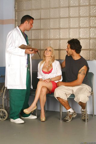 american doctor threesome
