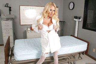 american blonde hospital big