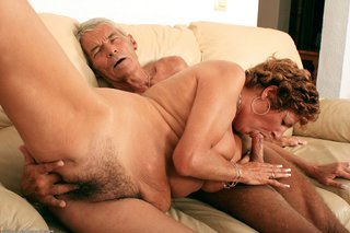chunky mature hairy pussy