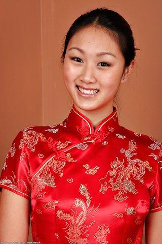 high heels chinese skirt