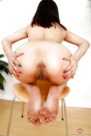 american pretty amateur crotchless