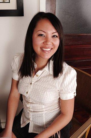 asian beautiful babe