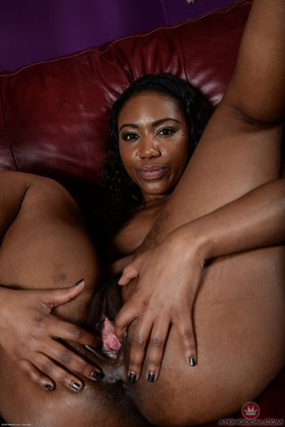 american beautiful ebony masturbation