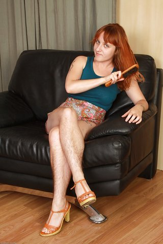 naked mature redhead