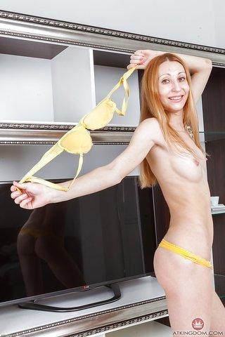 naked skinny mature