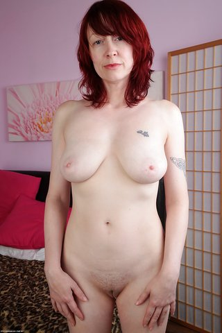 saggy tits british milf