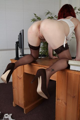 british naked sexy secretary
