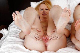 young lesbian feet
