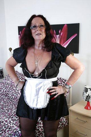 mature ass maid