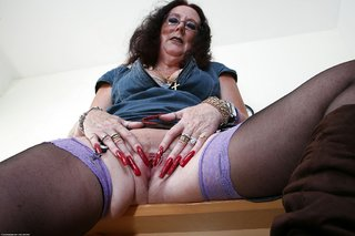 naked sexy granny
