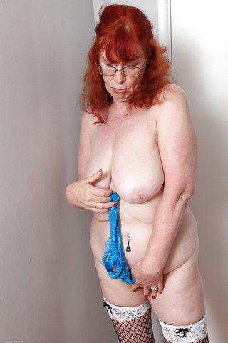 fatty amateur redhead milf