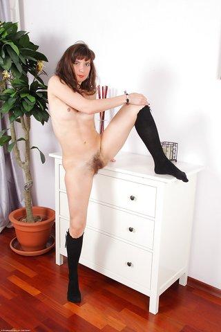 horny mature hairy pussy