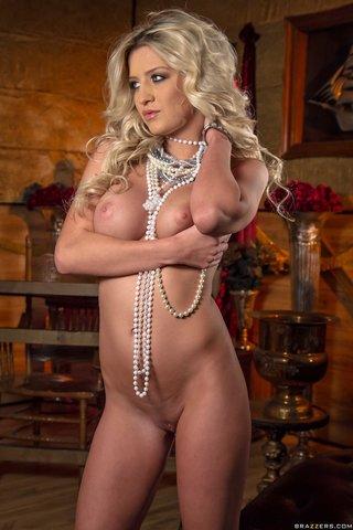 model hot dress