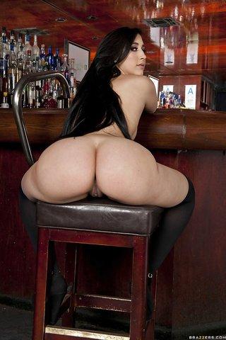 stripping ass latina
