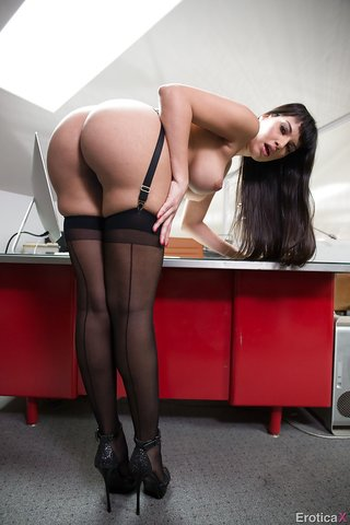 american pretty black stocking
