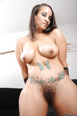 american curvy hairy snatch
