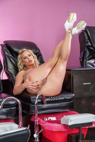 tight big breast lesbian