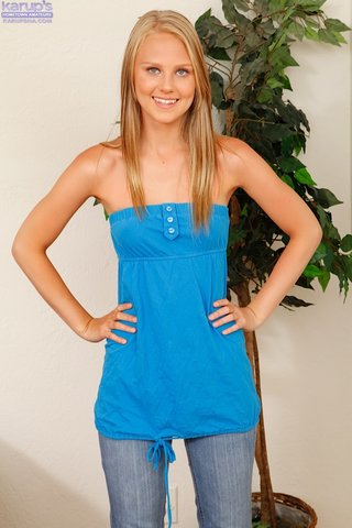 young blonde teen small