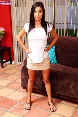 latina young brunette amateur