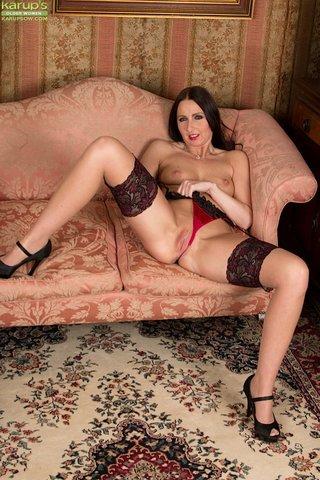 british sexy euro mom