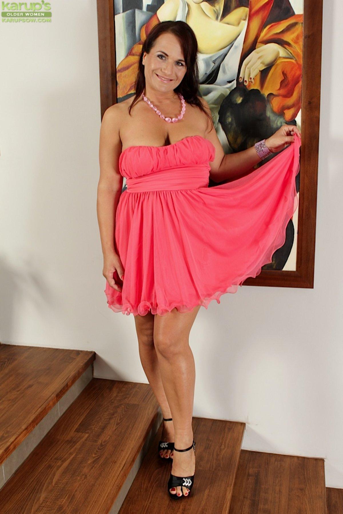 Saggy Tits Sexy Dress - YOUX.XXX