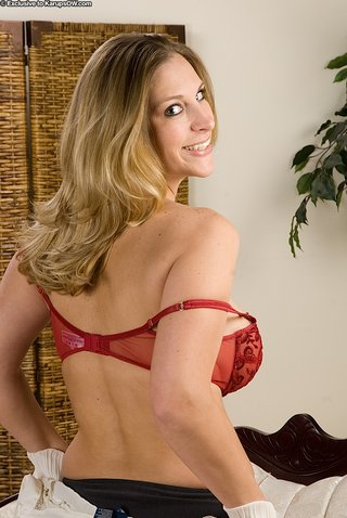 american beautiful mature mom