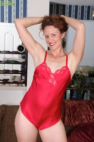 model hot mature mom