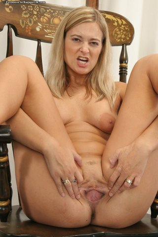 lovely hot blonde mom