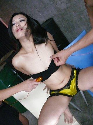 brunette japanese pussy